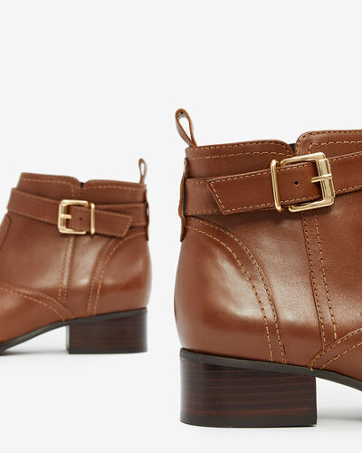 BOOTS NABRILL, COGNAC